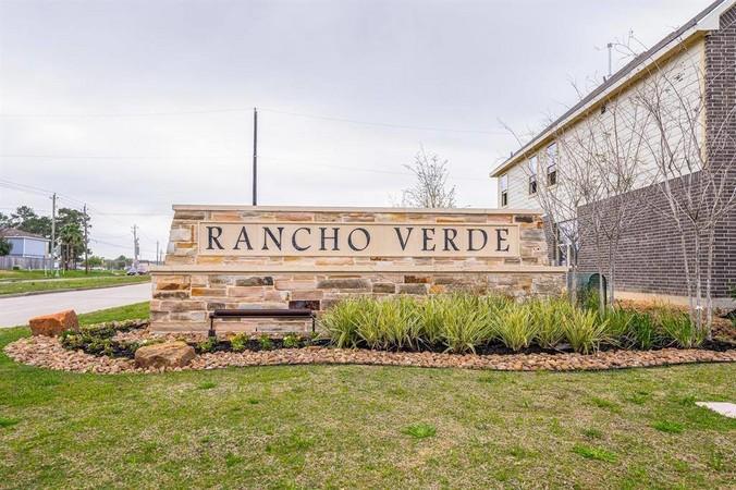 Entrance to Rancho Verde